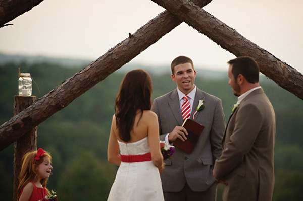 outdoor Arkansas wedding ceremony