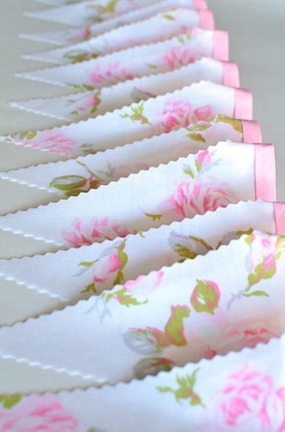 vic rose bunting