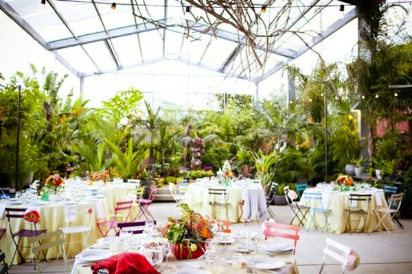 Weddings Will Be Outside Some Amazing Garden Venues Are Actually Indoors Botanical Gardens And Other Indoor Also Spectacular Places To Get