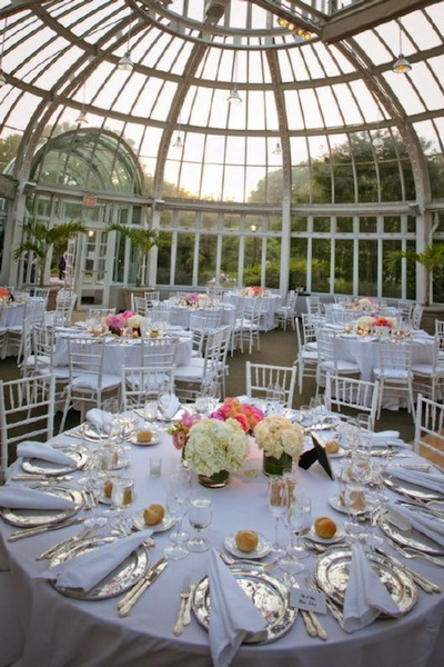 Botanical Gardens And Other Indoor Are Also Spectacular Places To Get Married Plus You Don T Have Worry About Rain