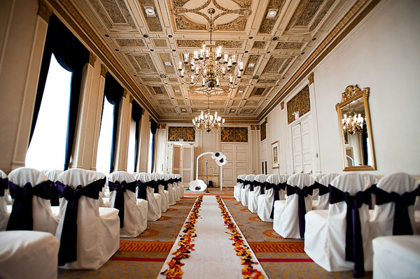 Sir Francis Drake Hotel wedding ceremony space