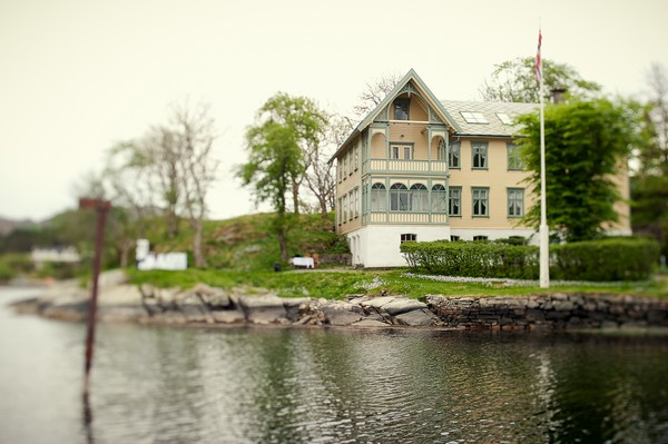 house by the sea in Norway