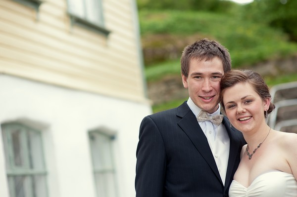 bride and groom in Norway
