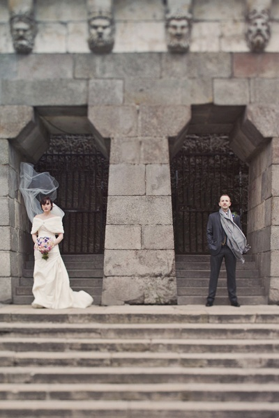 bride and groom portrait in Paris