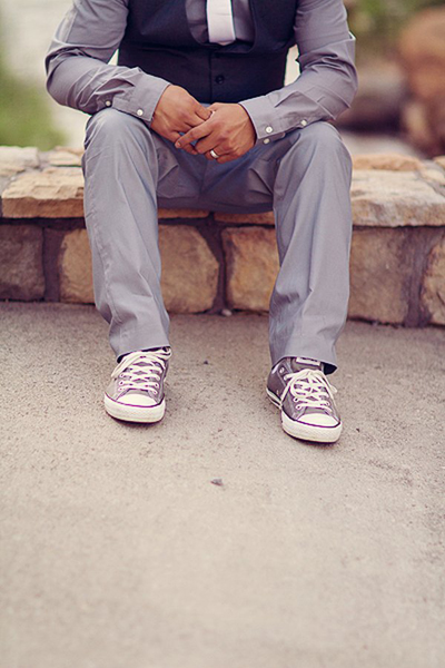 Groom wearing converse sneakers
