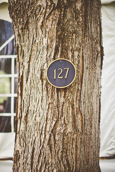 house number on tree