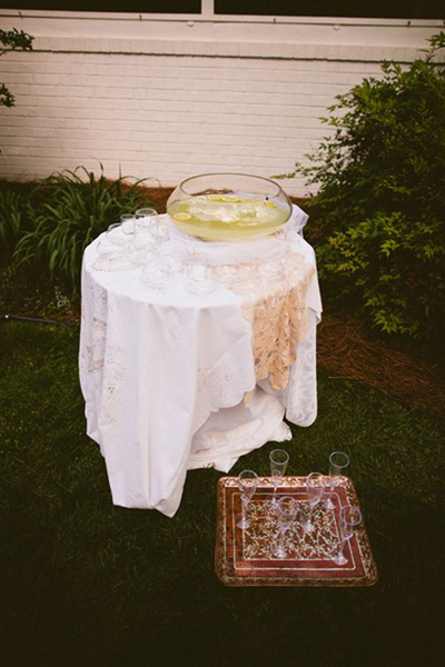 lemonade table at backyard wedding