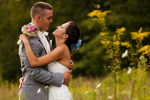 wedding couple in field