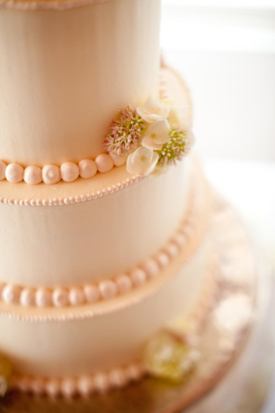 wedding cake pearls