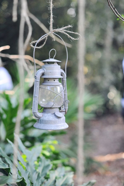 hanging kerosene lantern wedding decor