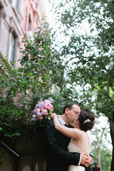 New York bride and groom kissing