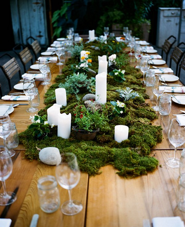 moss table runner with pillar candles