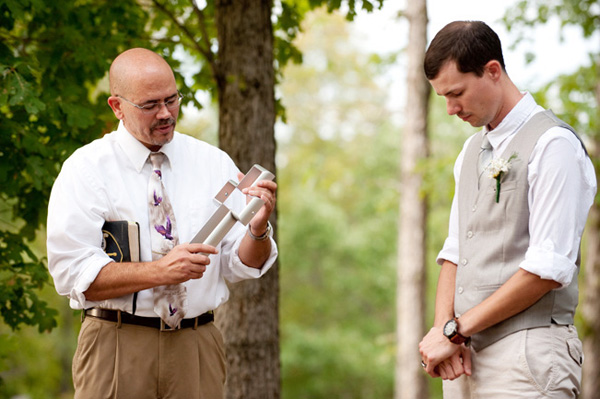 groom praying