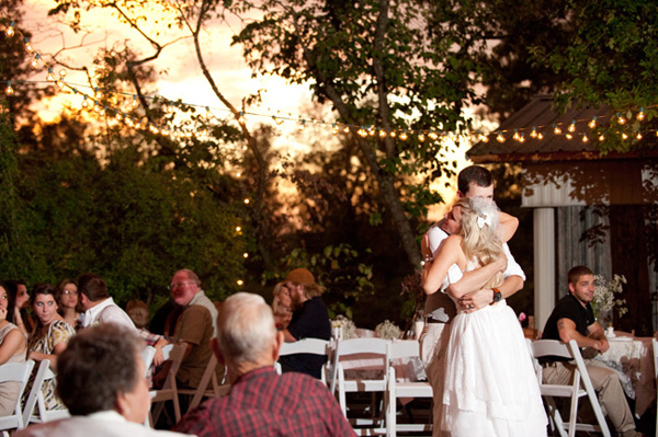 outdoor Arkansas wedding reception