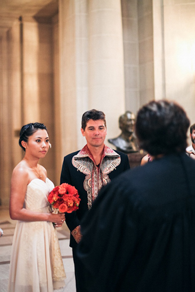 courthouse wedding ceremony