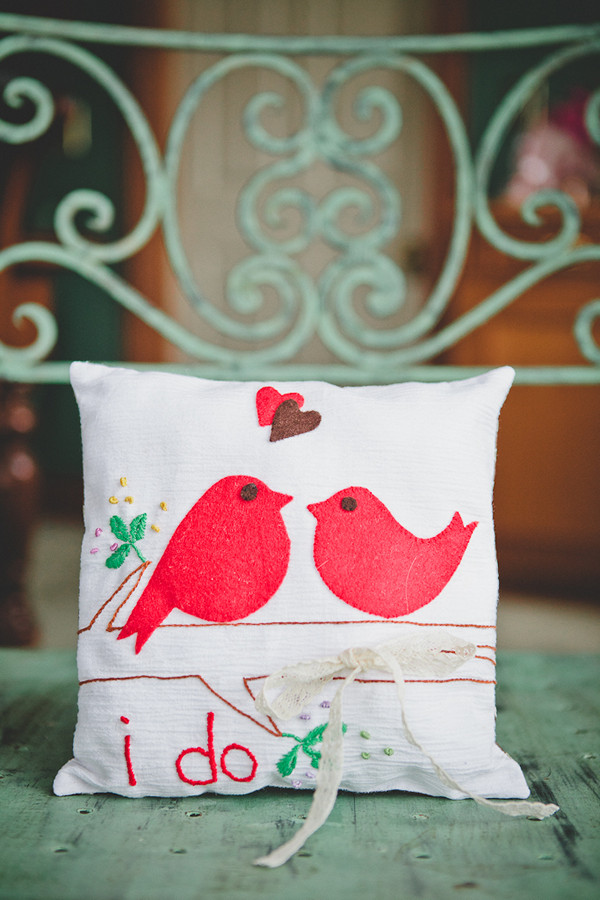ring pillow with embroidered birds