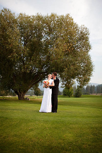 golf course wedding portrait