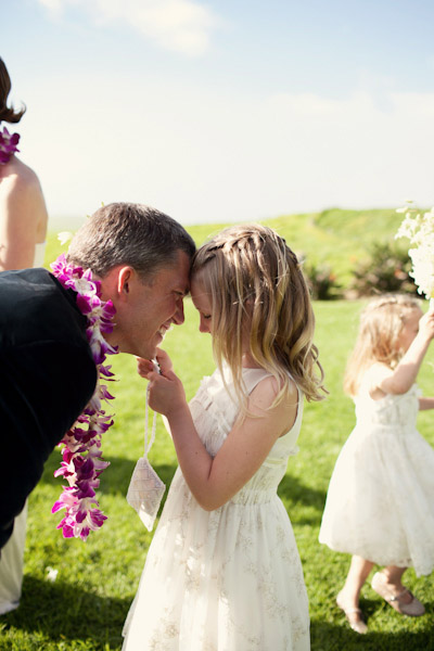 groom with daughter in Hawaii