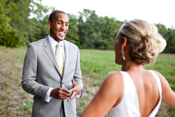 groom seeing his bride for first time