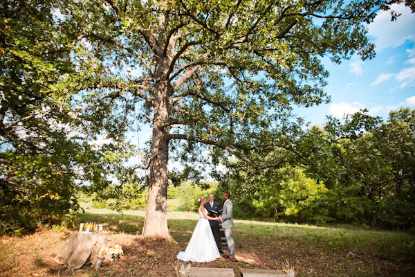 missouri elopement ceremony under tree