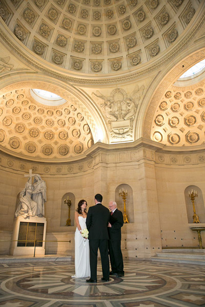 elopement ceremony in Paris chapel