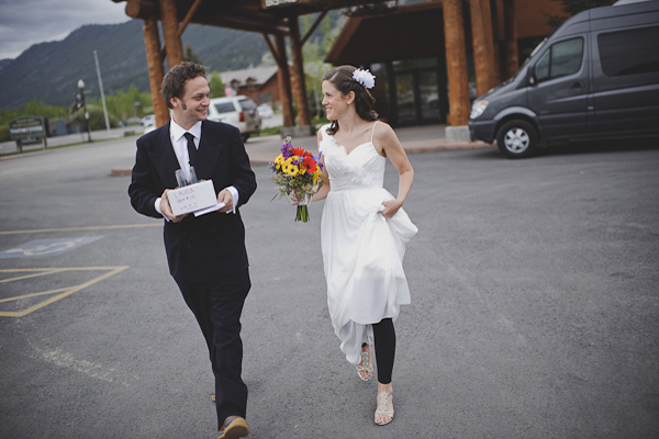 bride and groom eloping in Wyoming