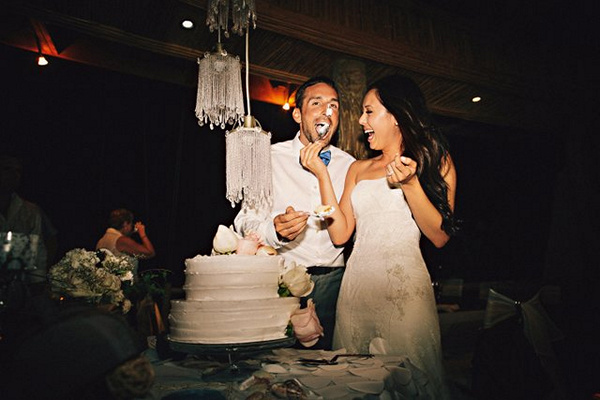 bride and groom cake smash