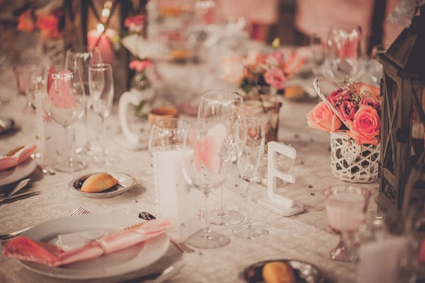 pink wedding table setting