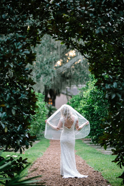 bridal portrait on Florida estate