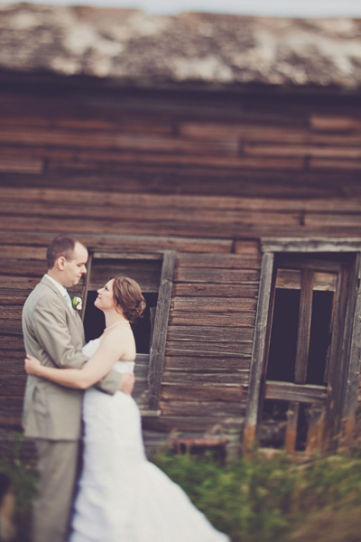 rustic barn wedding portrait