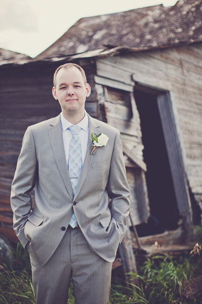 groom portrait in Saskatchewan