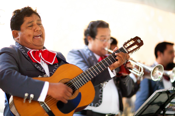 mariachi band playing at wedding