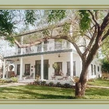 Bed and Breakfast and Inn - Intimate Wedding Venues