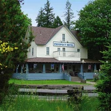 Small and Intimate Wedding Venues in Oregon, USA