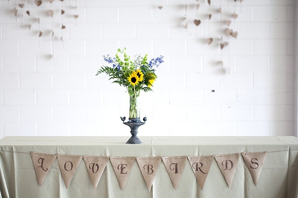 wedding lovebirds bunting banner