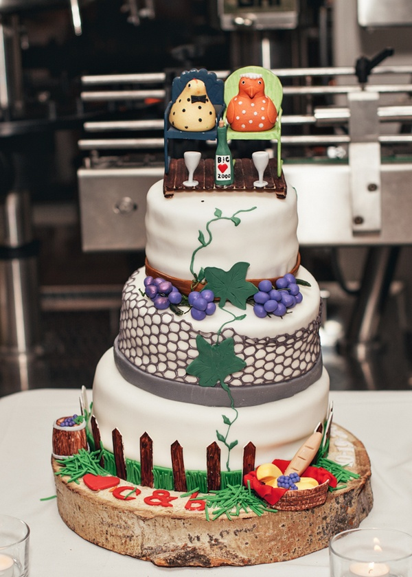 winery themed wedding cake
