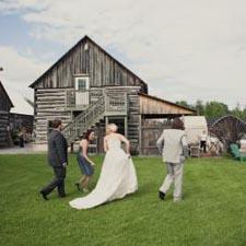 Barn Wedding Venue in Ottawa Ontario - The Herb Garden ...