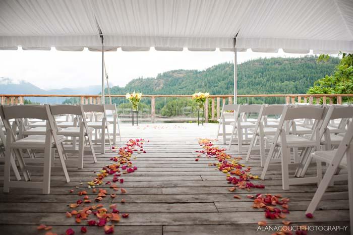 Cool Outdoor Wedding Venues Across Canada: British Columbia Wedding Venues