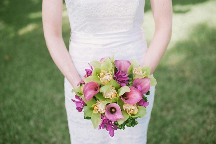 beach-wedding-bridal-bouquet-purple-green