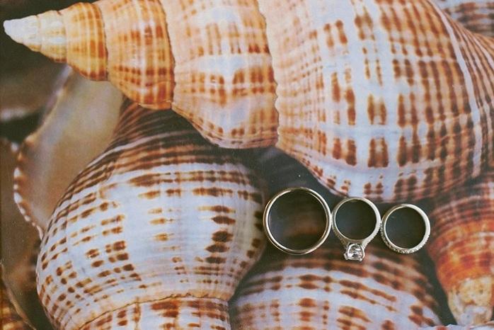 beach-wedding-ring-shot-seashells