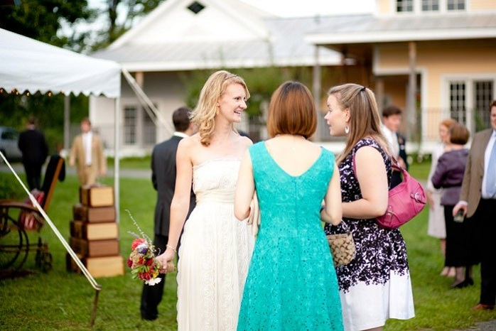 bride-with-guests-intimate-weddings-farm-wedding