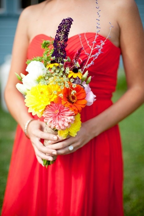 bridesmaid-bouquet-rustic-massachusetts-barn-wedding