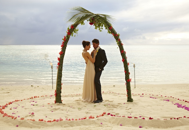 destination-beach-weddin-cook-islands-rarotunga