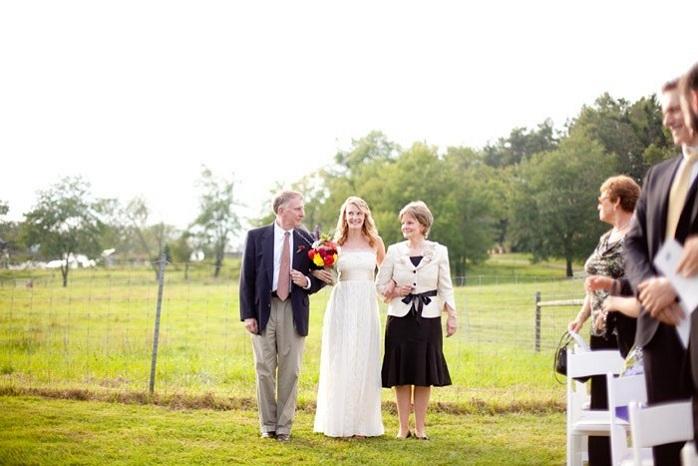 intimate-wedding-bridal-entrance-paige-paul