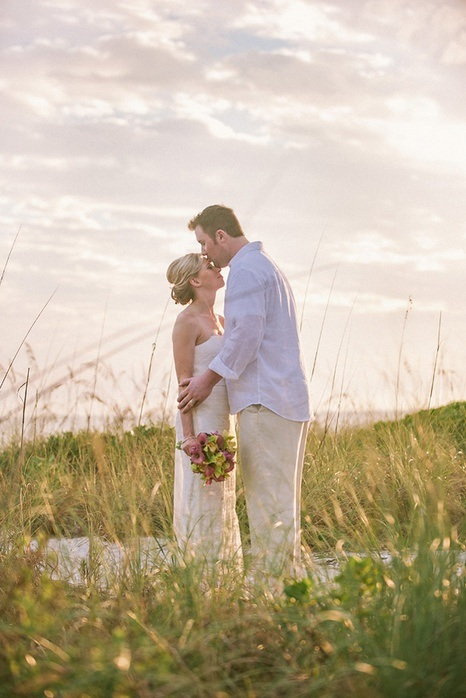 real-intimate-beach-wedding-sarah-steven