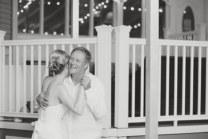 real-intimate-wedding-beach-resort-reception-black-and-white-photography