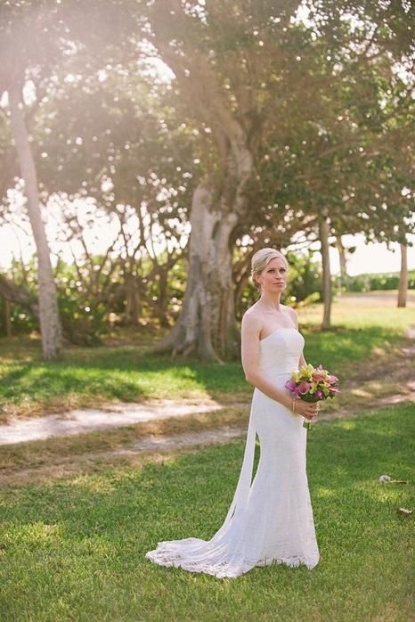 santibel-island-intimate-wedding-bridal-portrait-sarah-steven