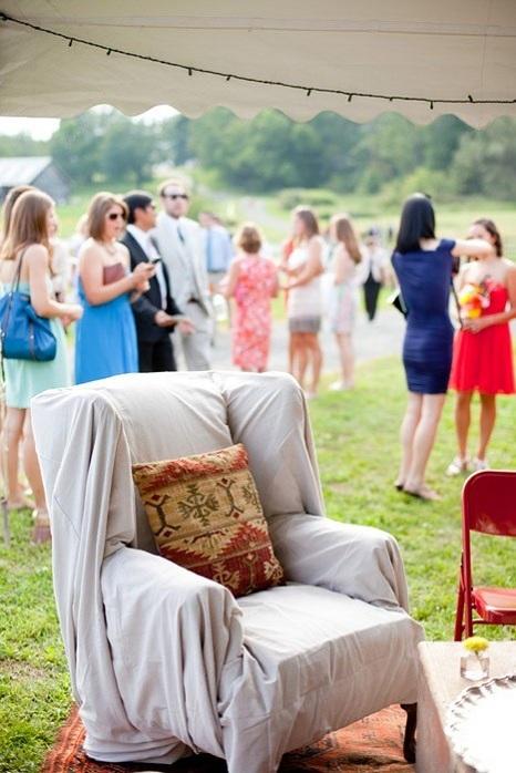 vintage-furniture-wedding-decor-unique-ideas
