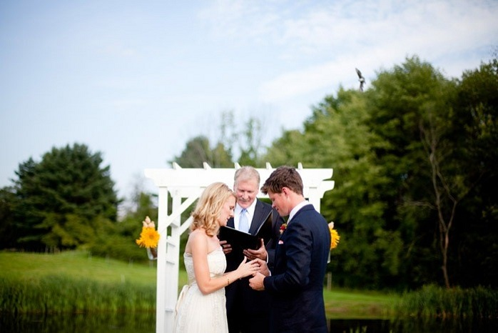 wedding-ceremony-photography-ring-exchange-farm-wedding