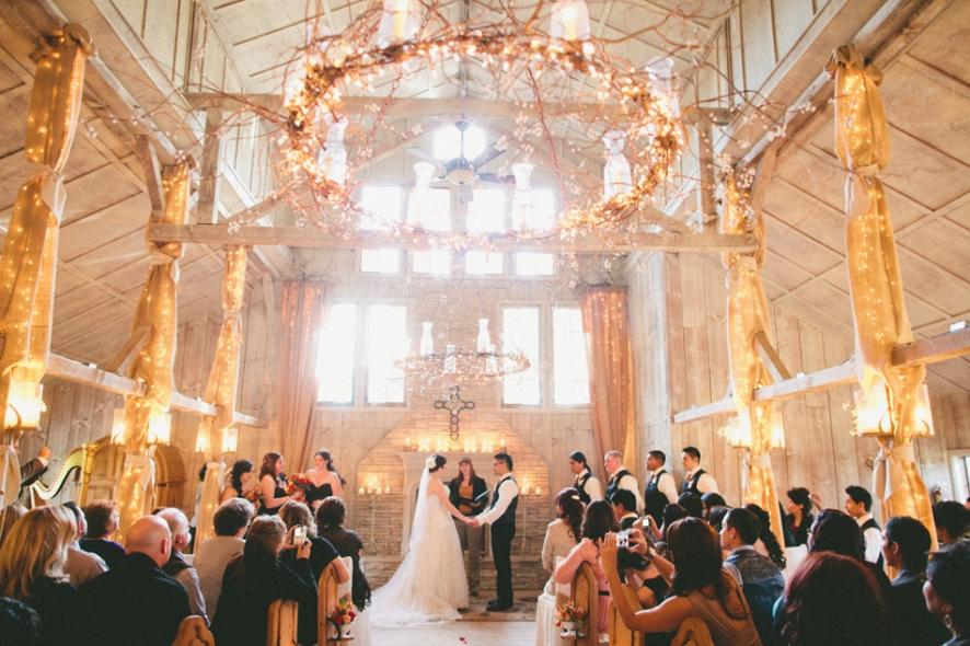 candles-ceremony-wedding-decor